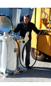 Mobile Benzin- Tankanlage, 235l, mit Handpumpe, Außenbehälter mit Grundrahmen als Auffangwanne mit eingeschraubtem Innentank