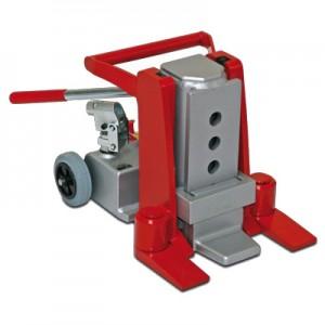 02700010 - Maschinenheber mit integrierter Pumpeneinheit